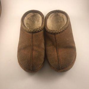 Girls UGG Tasman Slip ons Size 4